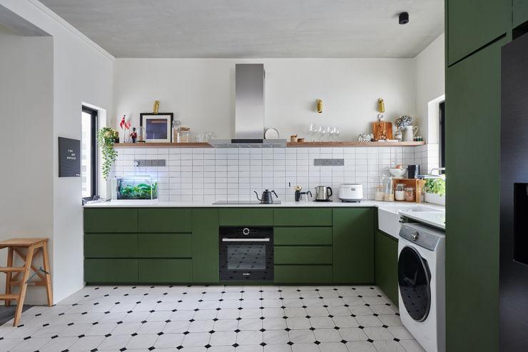Eightytwo Nhà bếp phong cách hiện đại
