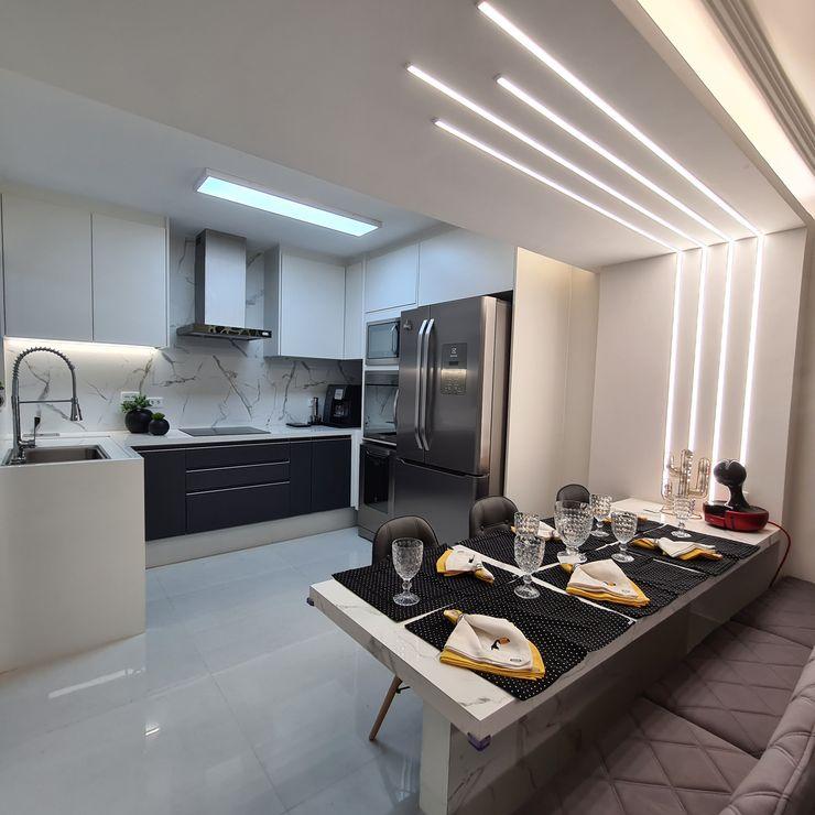Cozinha Moderna Arquitetura Minuto Cozinhas modernas Madeira Metalizado/Prateado