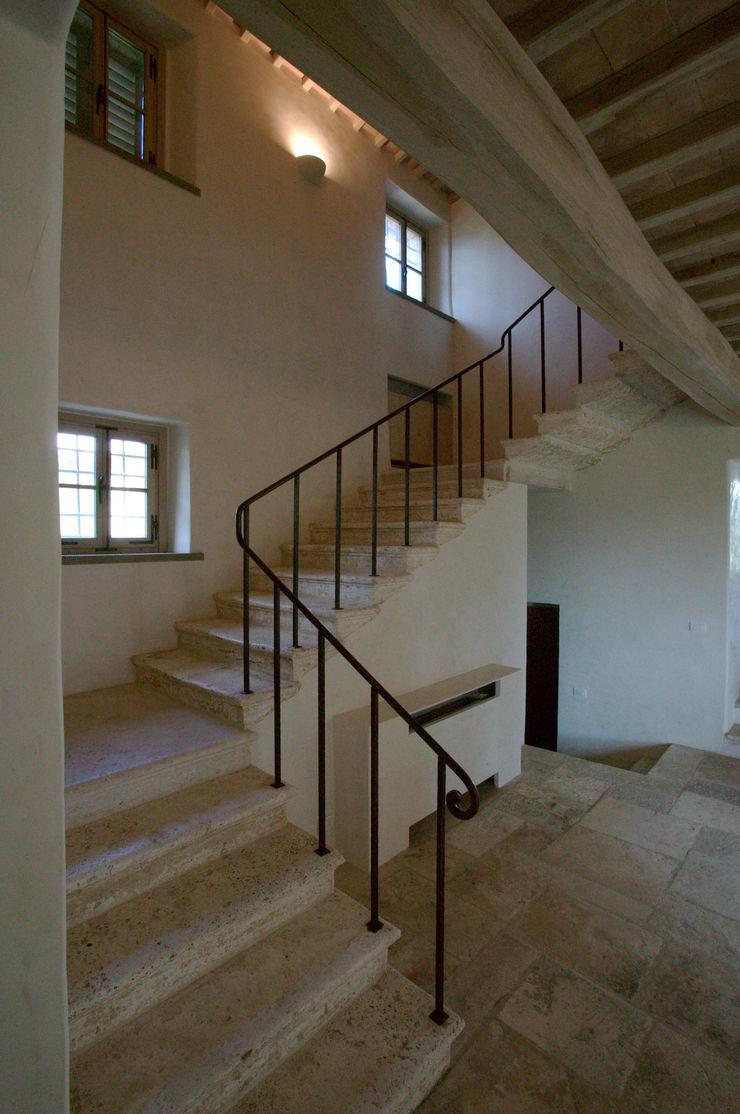 Restauro di una colonica in Chianti Studio Architetto Pontello Scale