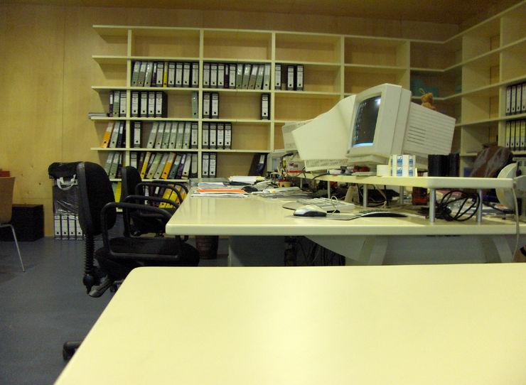 Renato Fernandes - arquitetura Study/officeCupboards & shelving