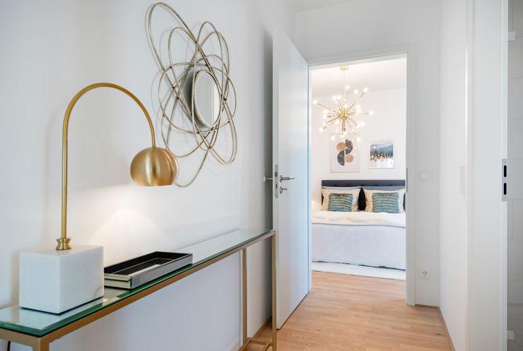 Cornelia Augustin Home Staging Couloir, entrée, escaliers modernes
