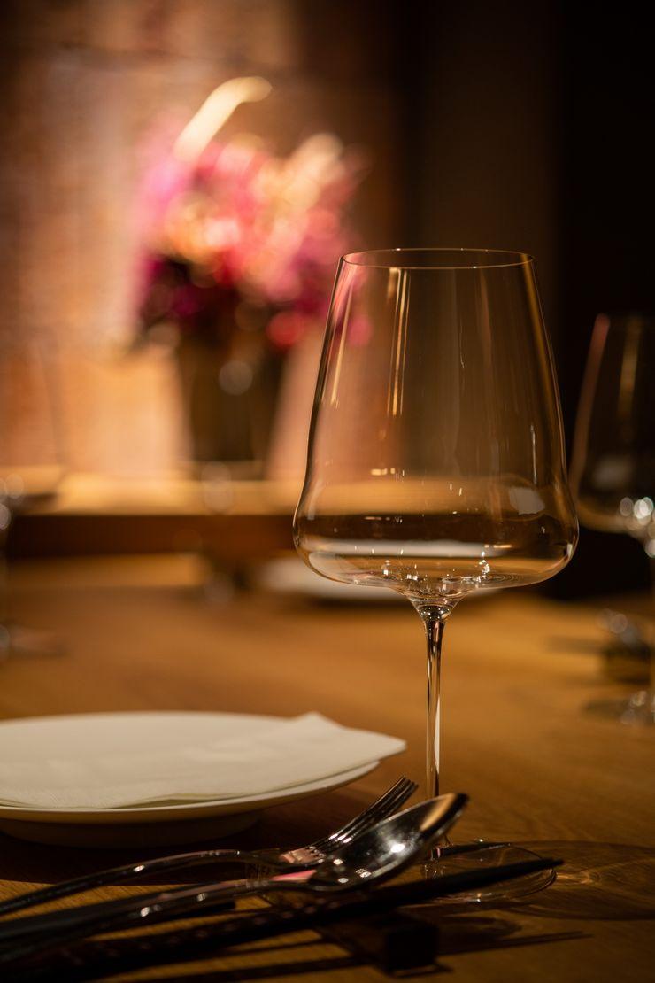 Matasaburo Mimasis Design/ミメイシス デザイン モダンなレストラン