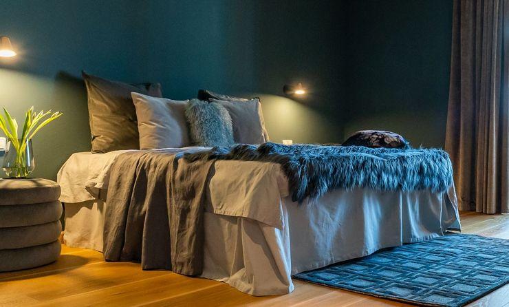 Münchner home staging Agentur GESCHKA Modern style bedroom Grey