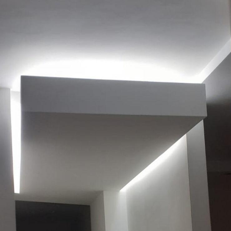 Verlaagd plafond MEF Architect Gang, hal & trappenhuisVerlichting Multiplex Wit