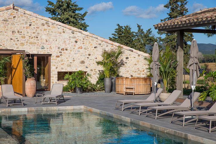CASÁRBOL Scandinavian style pool