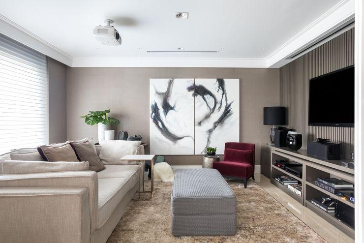 OBRA RESIDENCIAL André Bertoluci Arquitetura & Interiores Salas de estar modernas