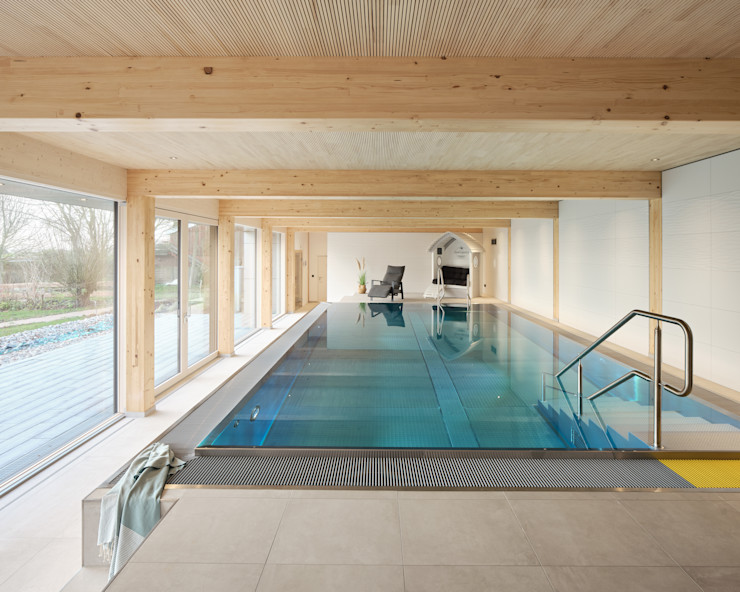 JEBENS SCHOOF ARCHITEKTEN BDA Modern pool