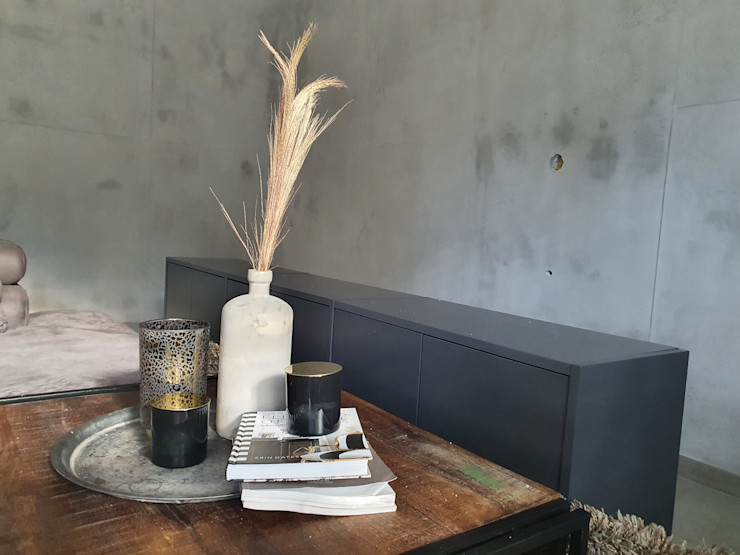 malermeister klaudius kurtz Modern living room Concrete Grey