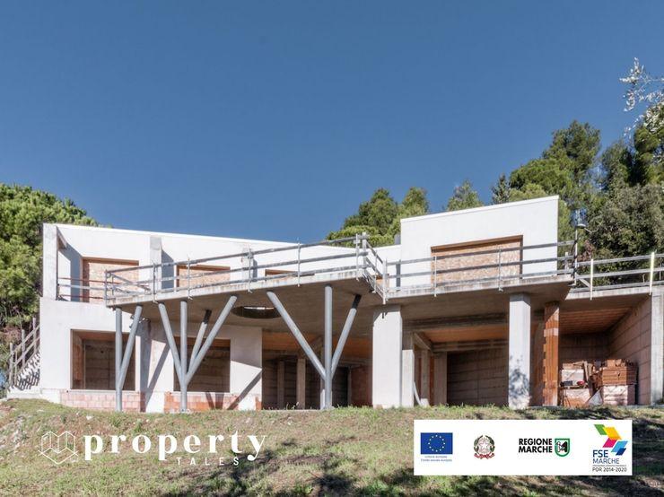 PROPERTY TALES Villa