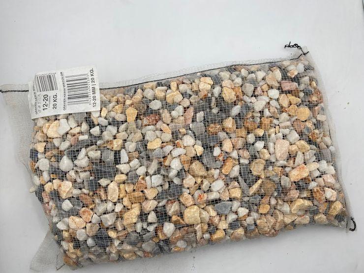 Filet blanc de 20 kg de gravier MIXCOLOR Hawaii 12-20 mm Canteras el Cerro JardinAccessoires & décorations Pierre Multicolore