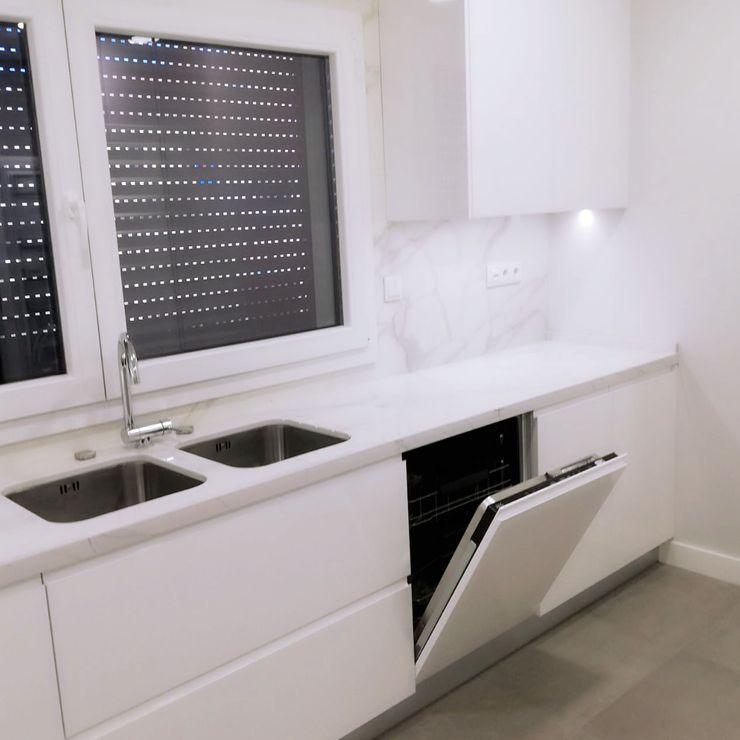 DIONI Home Design CocinaFregaderos y grifería