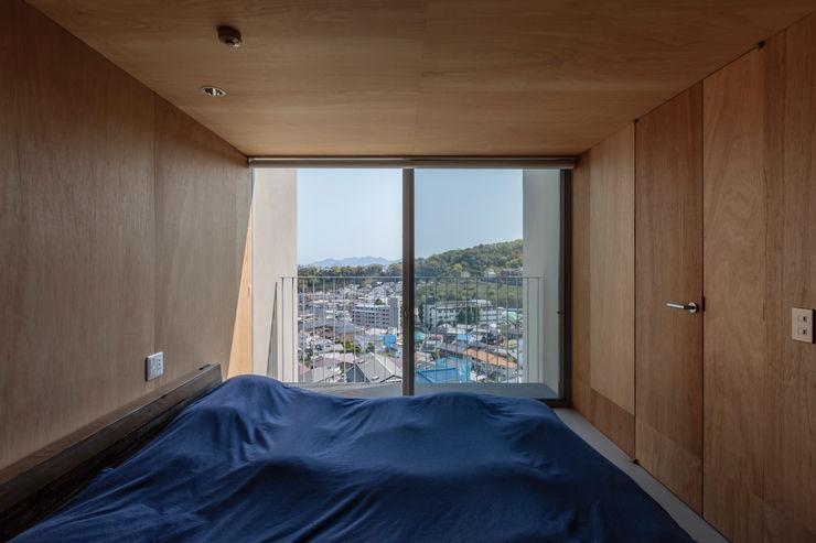 吉田豊建築設計事務所 YUTAKA YOSHIDA ARCHITECT & ASSOCIATES Minimalist bedroom Wood Wood effect