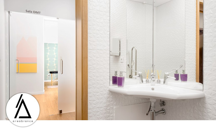 WC Areabranca Clínicas modernas