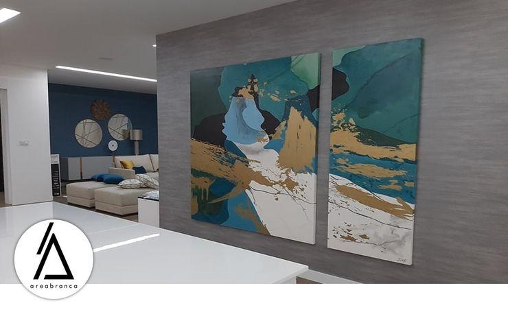 Areabranca Salas de estar modernas