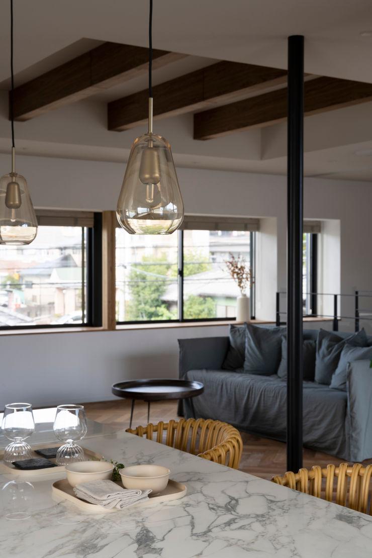 yuukistyle 友紀建築工房 Modern dining room