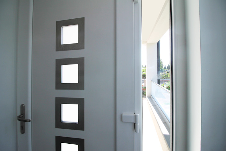 CONSTRUCTION A STRASBOURG Agence ADI-HOME Couloir, entrée, escaliers modernes