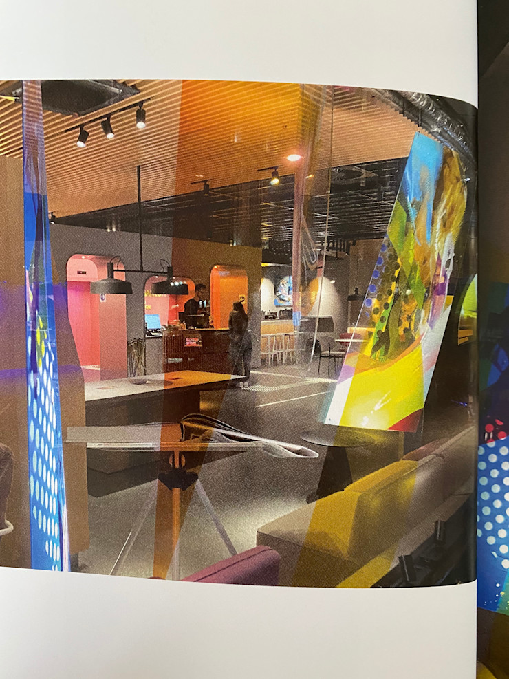 Art / Kunst Konzept - Hotel MARKUS HILZINGER Moderne Fenster & Türen