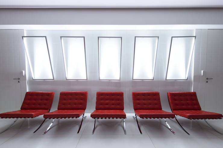 Knoll Barcelona chair, Moscow office Tognini Bespoke Furniture Study/officeChairs Leather Red