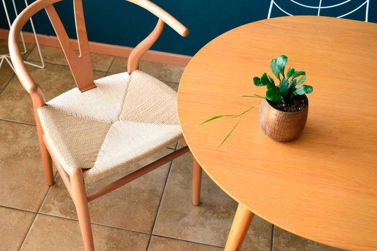 Una pieza que se adapta a varios usos CARRIZO - Muebles, decoración y diseño. HogarAccesorios y decoración Madera Acabado en madera