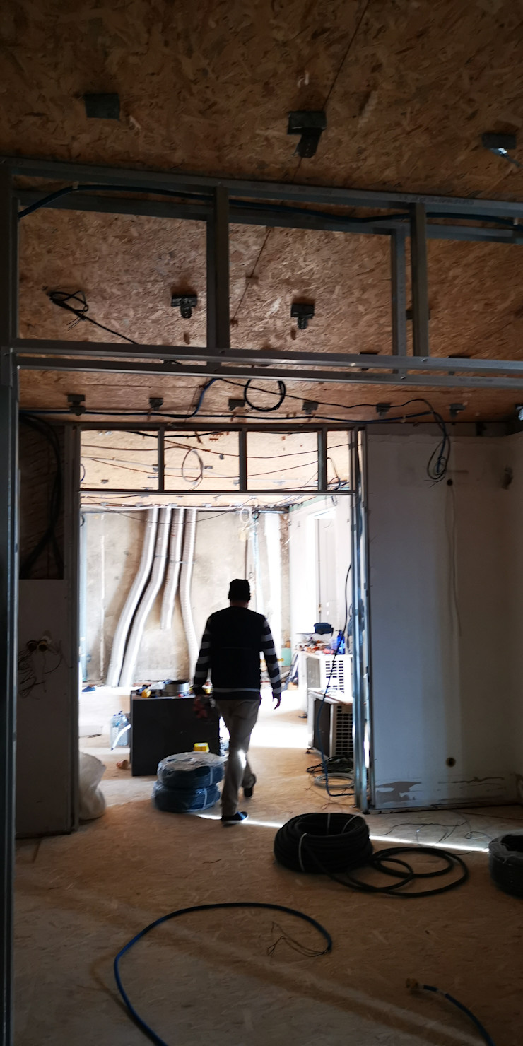 Remodelação de apartamento de luxo no Chiado // Refurbishment of high end residential apartment in Chiado, Lisbon IIP - Reabilitação e Construção
