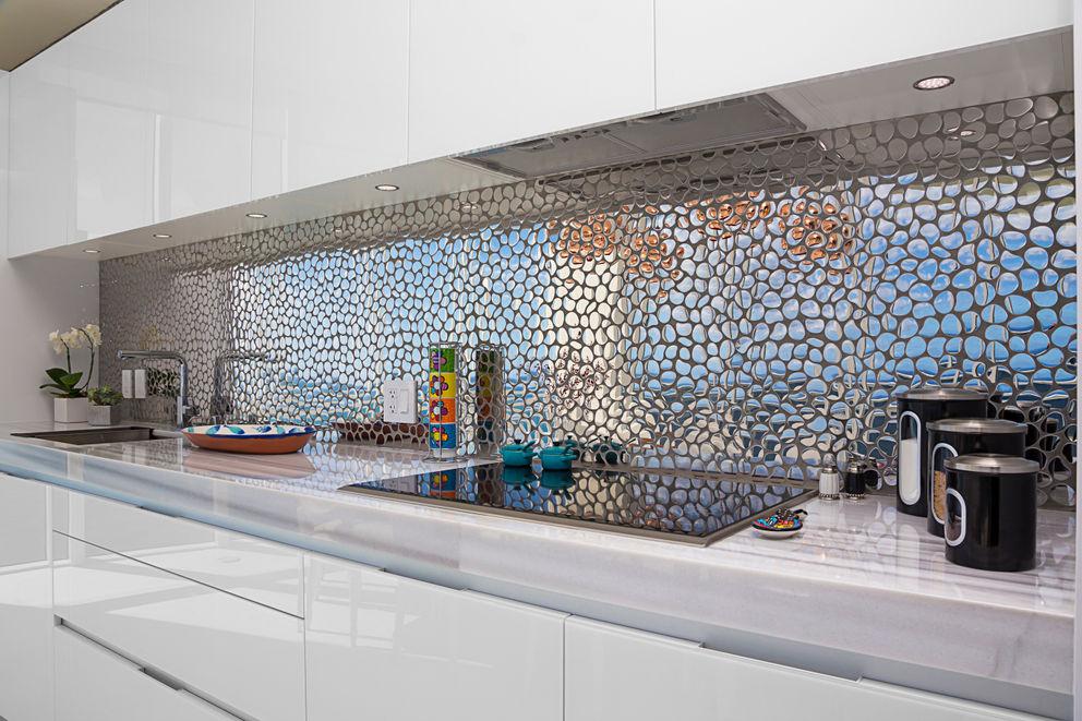 Sunny Isles - FL - US Infinity Spaces Cozinhas modernas
