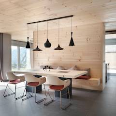 El continente y el contenido: Comedores de estilo escandinavo de Coblonal Arquitectura
