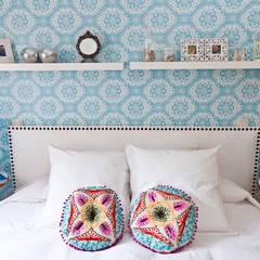 Vivienda en Madrid: Dormitorios de estilo moderno de www.rocio-olmo.com