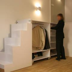 Loft DUQUE DE ALBA. Madrid: Dormitorios de estilo minimalista de Beriot, Bernardini arquitectos