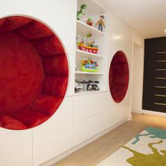 Dormitorios infantiles de estilo moderno por Roselind Wilson Design