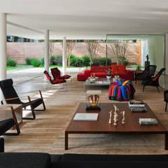 Habitações translation missing: pt.style.habitações.moderno por Studio MK27