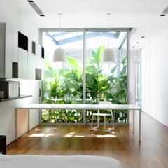 HYLA Architects의 translation missing: kr.style.창문-문.modern 창문 & 문