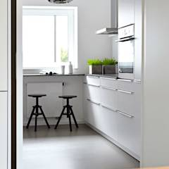Küche: minimalistische Küche von Kristina Steinmetz Design