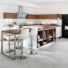 STRASS: Ein Küchen-Modell mit Starqualität: moderne Küche von Schmidt Küchen