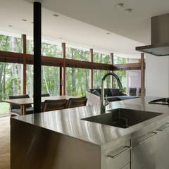キッチン~029那須Hさんの家: atelier137 ARCHITECTURAL DESIGN OFFICEが手掛けたtranslation missing: jp.style.キッチン.modernキッチンです。