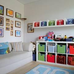 Dormitorios infantiles de estilo moderno por Paker Mimarlık