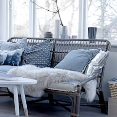Cosy Home: scandinavian Living room by House Envy