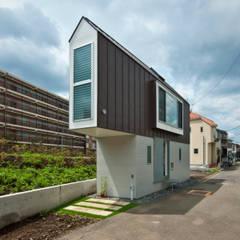 堀ノ内の住宅: 水石浩太建築設計室/ MIZUISHI Architect Atelierが手掛けたtranslation missing: jp.style.家.modern家です。