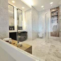 Voltaj Tasarım - Theatron Bodrum: modern tarz Banyo