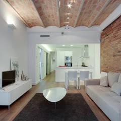 Promoción ELIX Sardenya, 354 - Barcelona: Comedores de estilo minimalista de ELIX