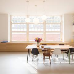 Beter Stevig Interieurbouw: endüstriyel tarz tarz Yemek Odası