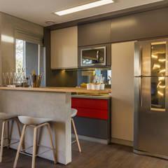 Just Married: Cozinhas modernas por Studiodwg Arquitetura e Interiores Ltda.