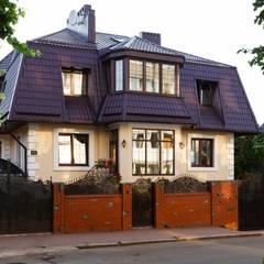 Дом в г.Калининграде: Дома в translation missing: ru.style.Дома.klassicheskiy. Автор - AGRAFFE design