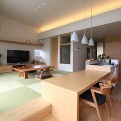 和気町の家: 福田康紀建築計画が手掛けたtranslation missing: jp.style.ダイニング.asianダイニングです。