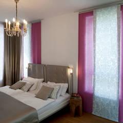 Modernes Einfamilienhaus in Essen: moderne Schlafzimmer von Stockhausen Fotodesign