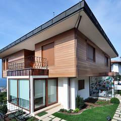 Emrah Yasuk - Dış cephe: modern tarz Evler