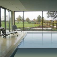 Rezydencja : styl translation missing: pl.style.basen.minimalistyczny, w kategorii Basen zaprojektowany przez MAŁECCY biuro projektowe