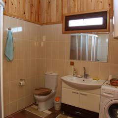Kuloğlu Orman Ürünleri - AHSB - AHŞAP EV MODEL B: kırsal tarz tarz Banyo