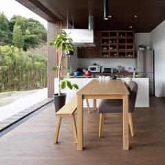 開放的なキッチン: 松本匡弘建築設計事務所が手掛けたtranslation missing: jp.style.キッチン.modernキッチンです。