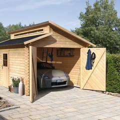 Garages de estilo clásico por GartenXXL