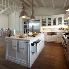 Imagen general: Cocinas de estilo moderno de DEULONDER arquitectura domestica